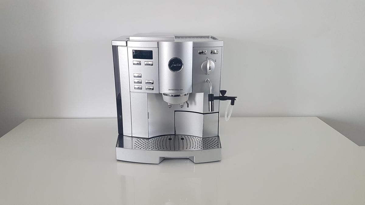 Jura-S95-zilver-1.jpg