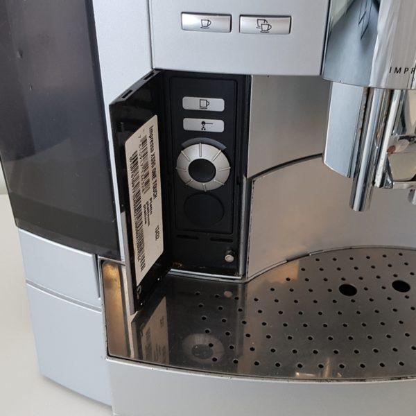 Jura-XS95-one-touch-platinum-10.jpg