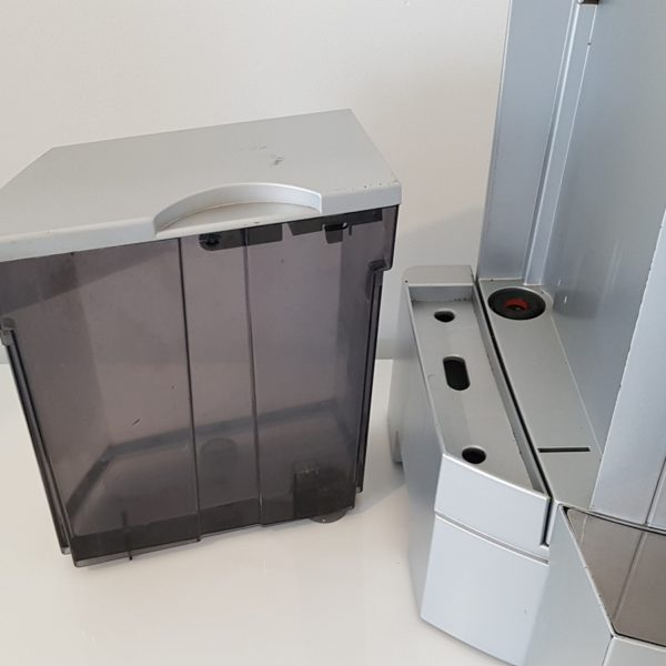 Jura-XS95-one-touch-platinum-11.jpg