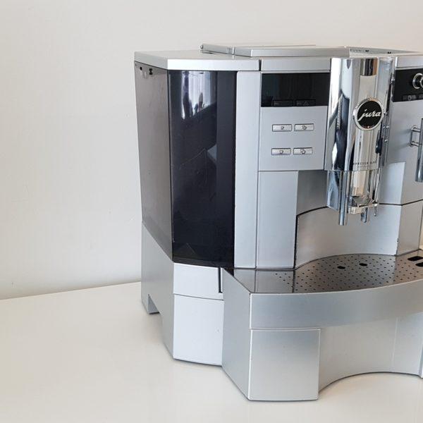 Jura-XS95-one-touch-platinum-2.jpg