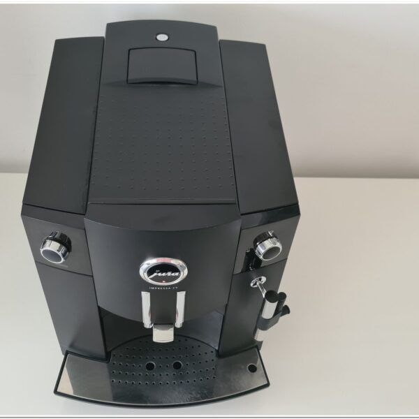 Jura C5 ZES black 3